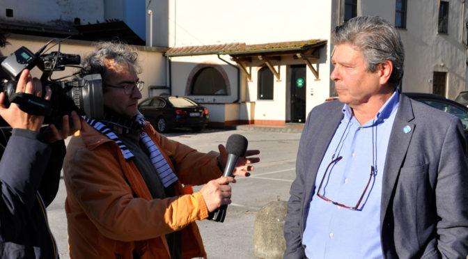 Marco Santi Guerrieri  – Con Mediaset a caccia di Clandestini a San Pietro a Vico.
